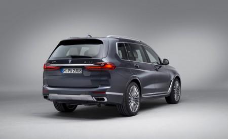2019 BMW X7 Rear Three-Quarter Wallpaper 450x275 (31)