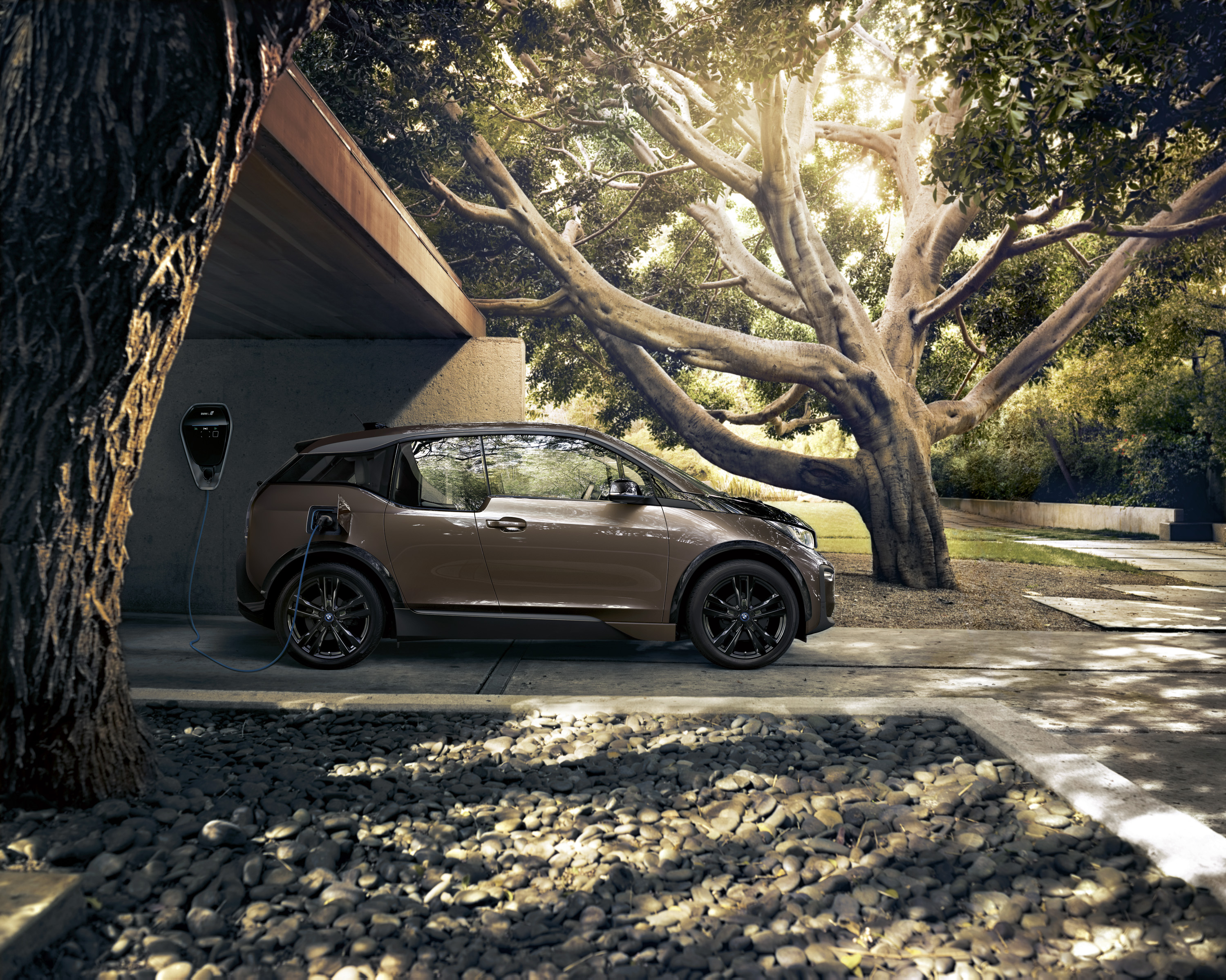 2019 BMW i3 120Ah Side Wallpapers (15)