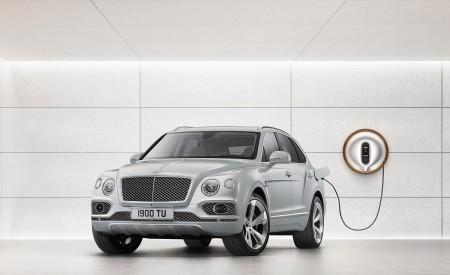 2019 Bentley Bentayga Plug-in Hybrid Charging Wallpapers 450x275 (42)
