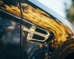 2019 Bentley Bentayga Plug-in Hybrid Detail Wallpapers 150x120 (13)