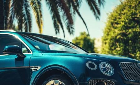 2019 Bentley Bentayga Plug-in Hybrid Detail Wallpapers 450x275 (14)