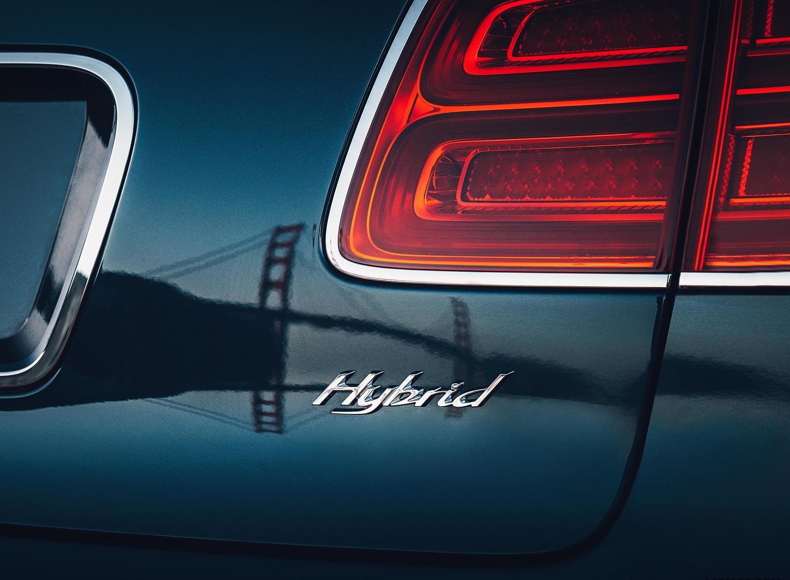 2019 Bentley Bentayga Plug-in Hybrid Detail Wallpapers (15)