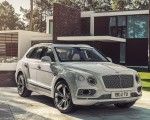 2019 Bentley Bentayga Plug-in Hybrid Front Three-Quarter Wallpapers 150x120 (31)