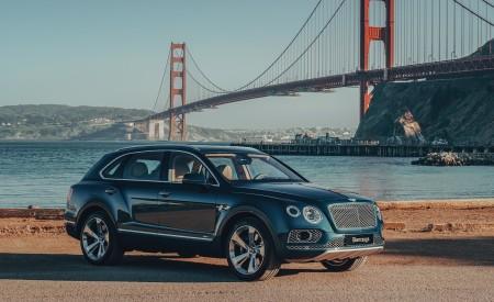 2019 Bentley Bentayga Plug-in Hybrid Front Three-Quarter Wallpapers 450x275 (8)