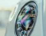 2019 Bentley Bentayga Plug-in Hybrid Headlight Wallpapers 150x120 (44)