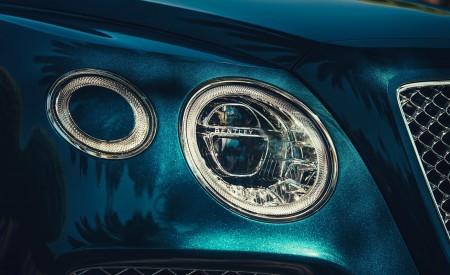 2019 Bentley Bentayga Plug-in Hybrid Headlight Wallpapers 450x275 (17)