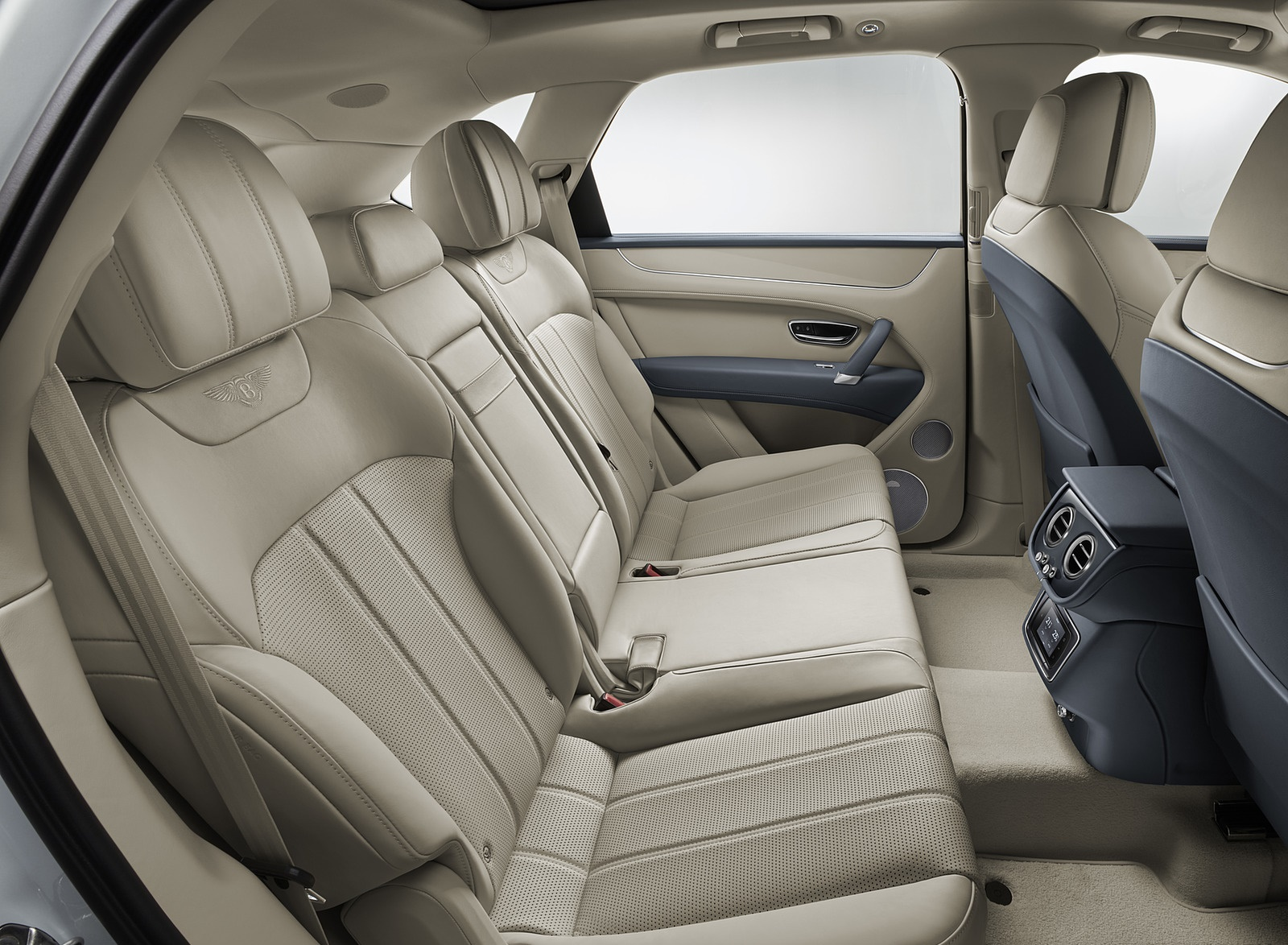 2019 Bentley Bentayga Plug In Hybrid Interior Rear Seats Wallpapers 48 Newcarcars