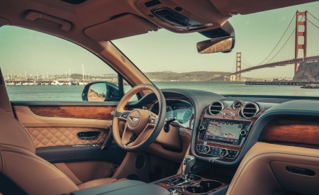 2019 Bentley Bentayga Plug-in Hybrid Interior Wallpapers 450x275 (24)