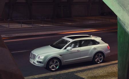2019 Bentley Bentayga Plug-in Hybrid Side Wallpapers 450x275 (35)