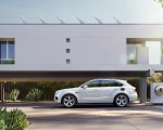 2019 Bentley Bentayga Plug-in Hybrid Side Wallpapers 150x120 (34)