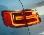2019 Bentley Bentayga Plug-in Hybrid Tail Light Wallpapers 150x120 (45)
