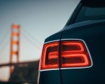 2019 Bentley Bentayga Plug-in Hybrid Tail Light Wallpapers 150x120 (18)