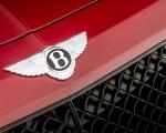 2019 Bentley Bentayga V8 Badge Wallpapers 150x120 (28)