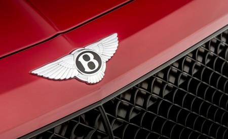 2019 Bentley Bentayga V8 Badge Wallpaper 450x275 (28)