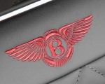 2019 Bentley Bentayga V8 Interior Badge Wallpapers 150x120 (47)