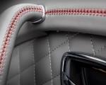2019 Bentley Bentayga V8 Interior Detail Wallpapers 150x120 (45)