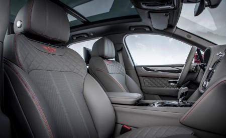 2019 Bentley Bentayga V8 Interior Front Seats Wallpaper 450x275 (41)