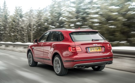 2019 Bentley Bentayga V8 Rear Three-Quarter Wallpapers 450x275 (13)