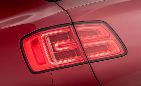 2019 Bentley Bentayga V8 Tail Light Wallpaper 450x275 (33)