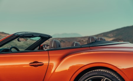 2019 Bentley Continental GT Convertible (Color: Orange Flame) Detail Wallpaper 450x275 (24)