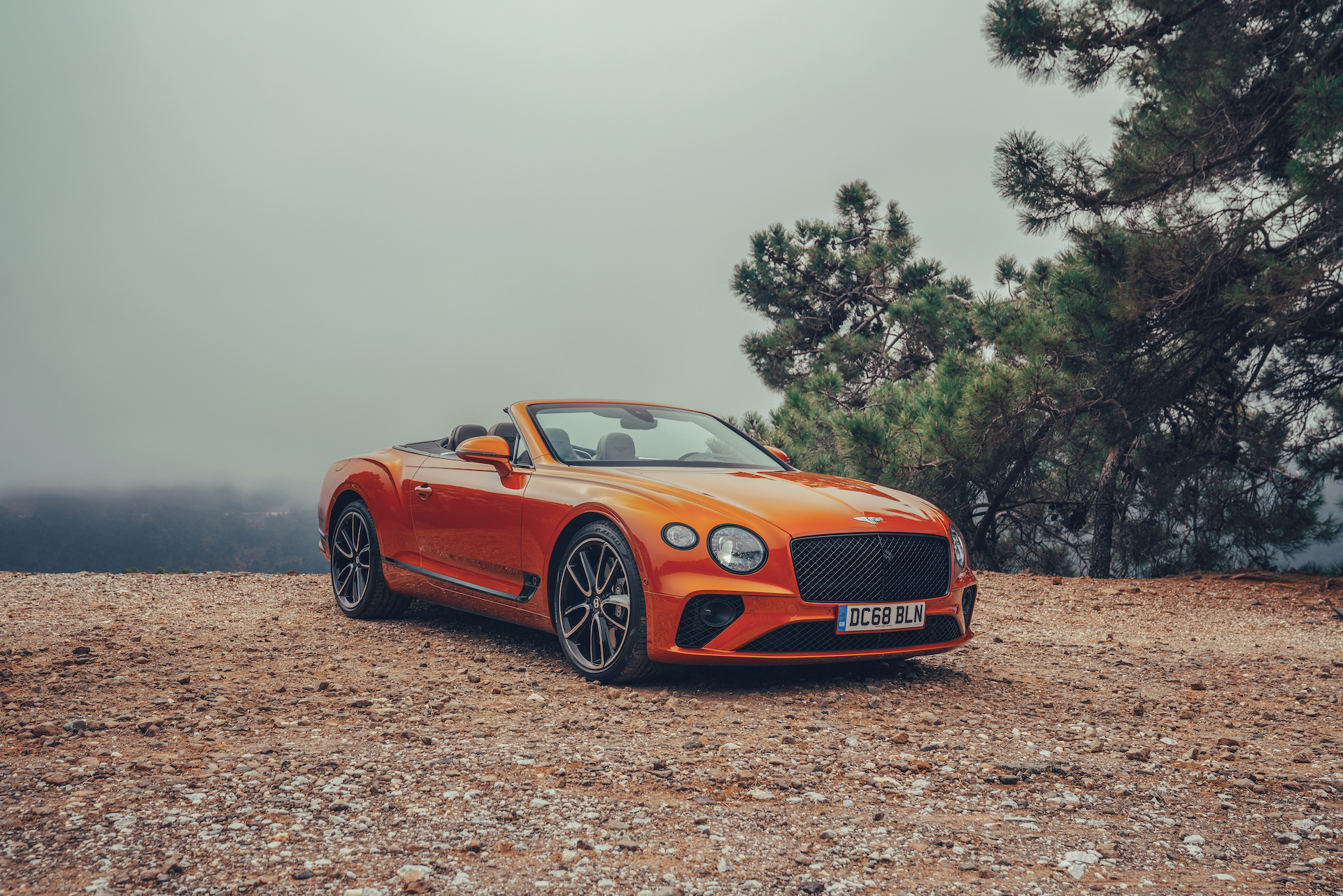 2019 Bentley Continental GT Convertible (Color: Orange Flame) Front Three-Quarter Wallpaper (10)