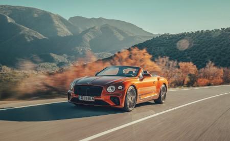 2019 Bentley Continental GT Convertible (Color: Orange Flame) Front Three-Quarter Wallpaper 450x275 (2)