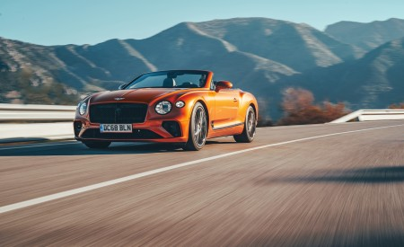 2019 Bentley Continental GT Convertible (Color: Orange Flame) Front Wallpaper 450x275 (3)