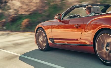 2019 Bentley Continental GT Convertible (Color: Orange Flame) Rear Three-Quarter Wallpaper 450x275 (21)