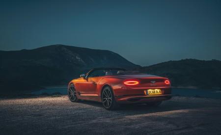 2019 Bentley Continental GT Convertible (Color: Orange Flame) Rear Three-Quarter Wallpaper 450x275 (17)