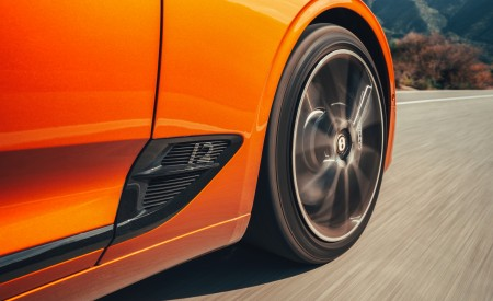 2019 Bentley Continental GT Convertible (Color: Orange Flame) Side Vent Wallpaper 450x275 (20)