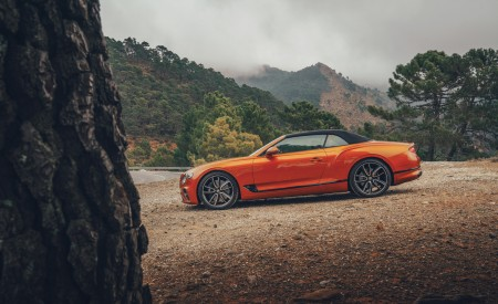2019 Bentley Continental GT Convertible (Color: Orange Flame) Side Wallpaper 450x275 (12)