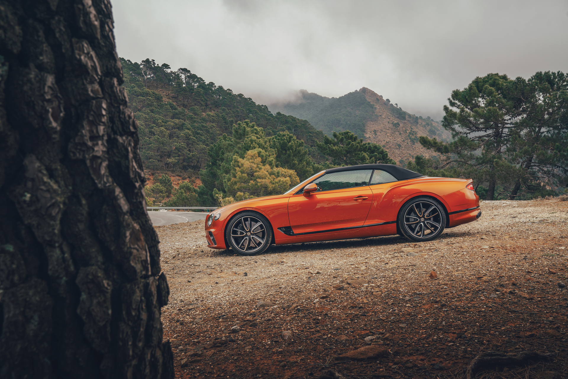 2019 Bentley Continental GT Convertible (Color: Orange Flame) Side Wallpaper (12)