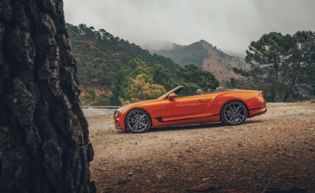 2019 Bentley Continental GT Convertible (Color: Orange Flame) Side Wallpaper 450x275 (14)