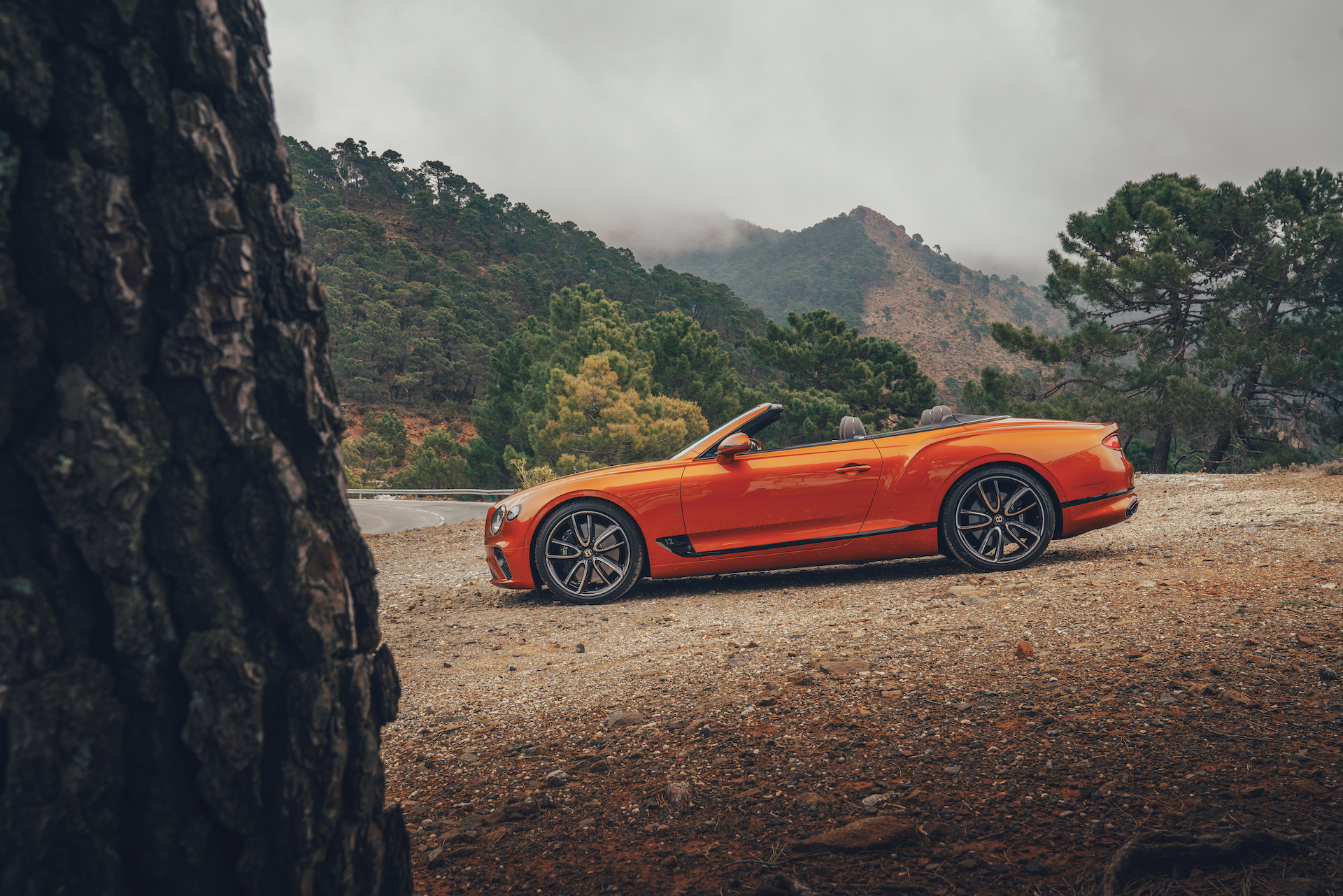 2019 Bentley Continental GT Convertible (Color: Orange Flame) Side Wallpaper (14)
