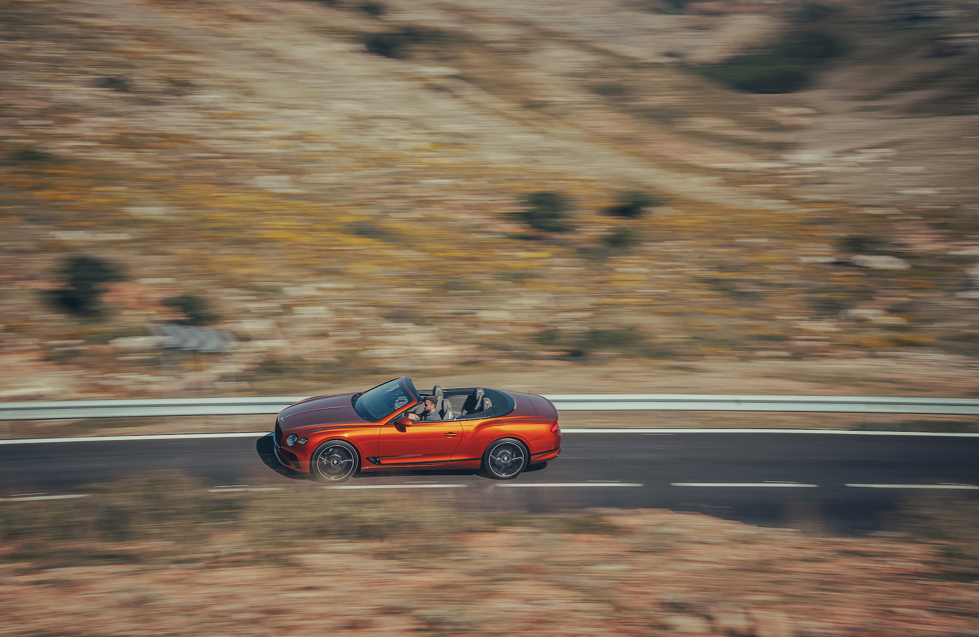 2019 Bentley Continental GT Convertible (Color: Orange Flame) Top Wallpaper (15)
