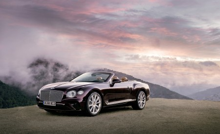 2019 Bentley Continental GT Convertible Front Three-Quarter Wallpaper 450x275 (51)