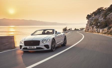 2019 Bentley Continental GT Convertible Front Wallpaper 450x275 (65)
