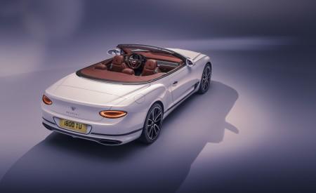 2019 Bentley Continental GT Convertible Rear Three-Quarter Wallpaper 450x275 (99)