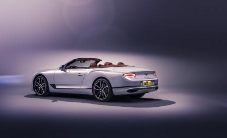 2019 Bentley Continental GT Convertible Rear Three-Quarter Wallpaper 450x275 (100)