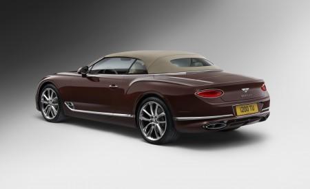 2019 Bentley Continental GT Convertible Rear Three-Quarter Wallpaper 450x275 (107)