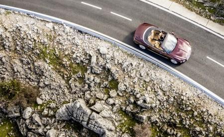 2019 Bentley Continental GT Convertible Top Wallpaper 450x275 (48)
