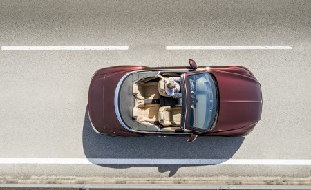2019 Bentley Continental GT Convertible Top Wallpaper 450x275 (55)