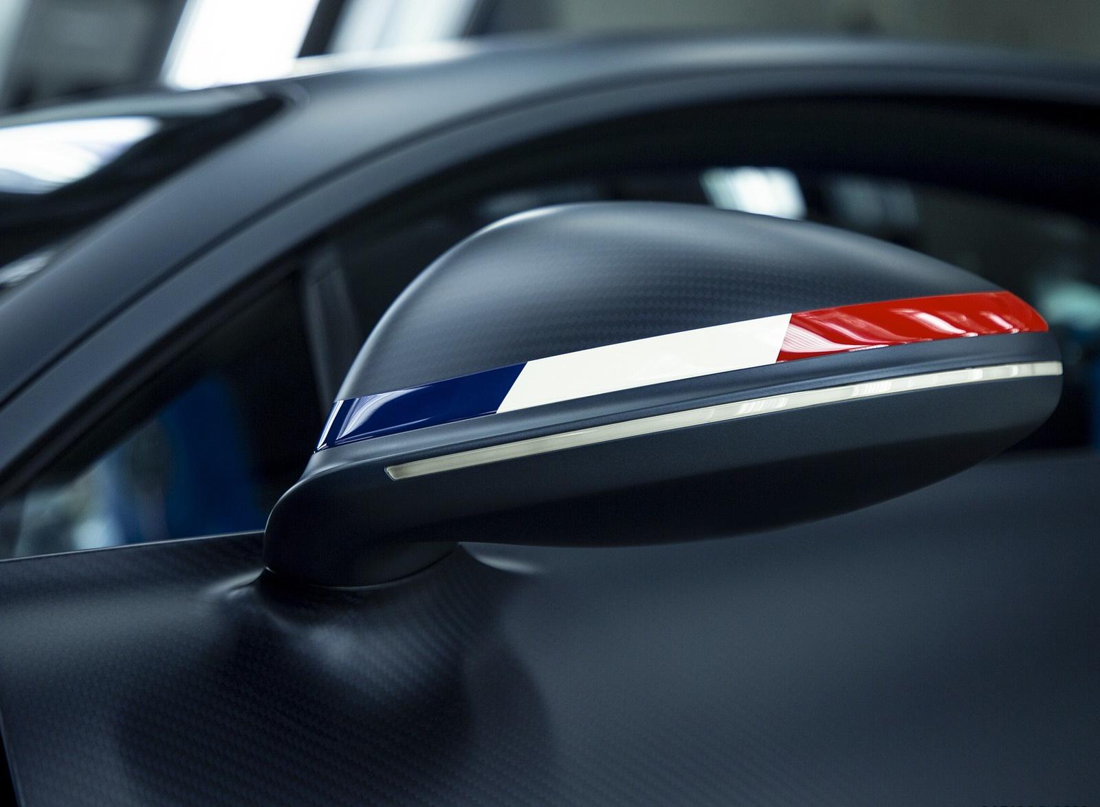 2019 Bugatti Chiron Sport 110 ans Bugatti Mirror Wallpapers (5)
