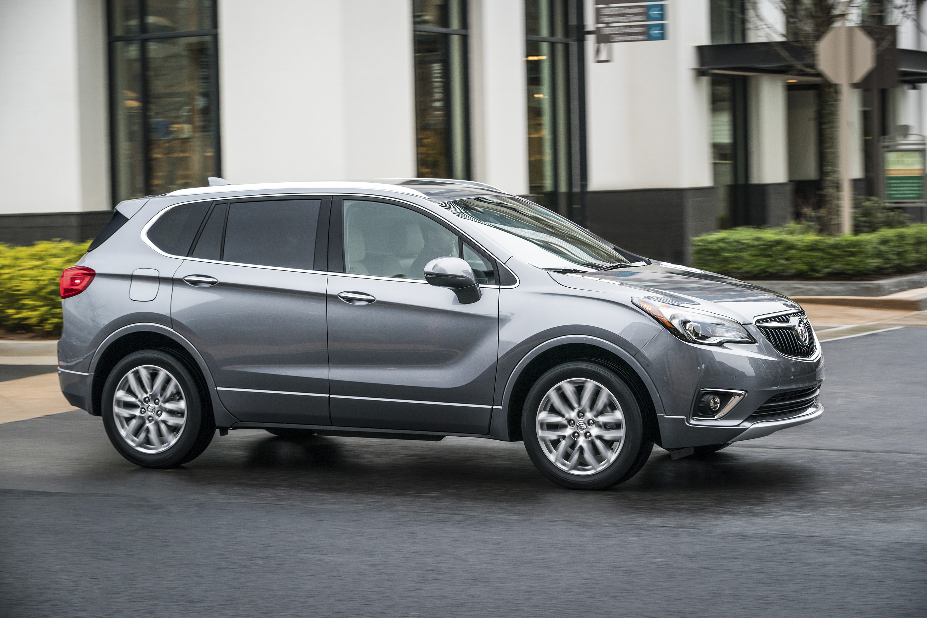 2019 Buick Envision Front Three-Quarter Wallpapers (7)
