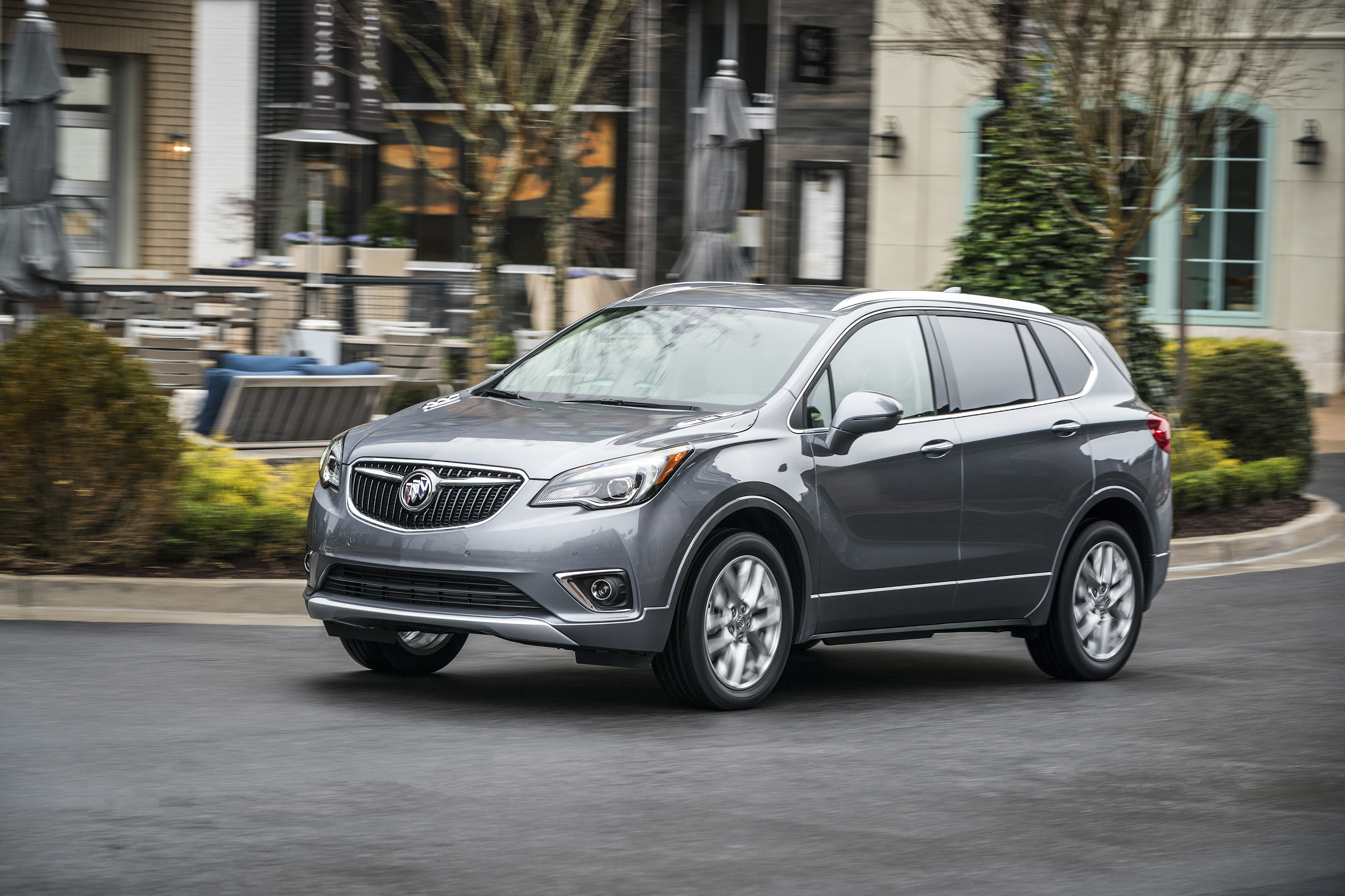 2019 Buick Envision Front Three-Quarter Wallpapers (1)