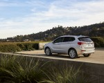 2019 Buick Envision Rear Three-Quarter Wallpapers 150x120 (9)