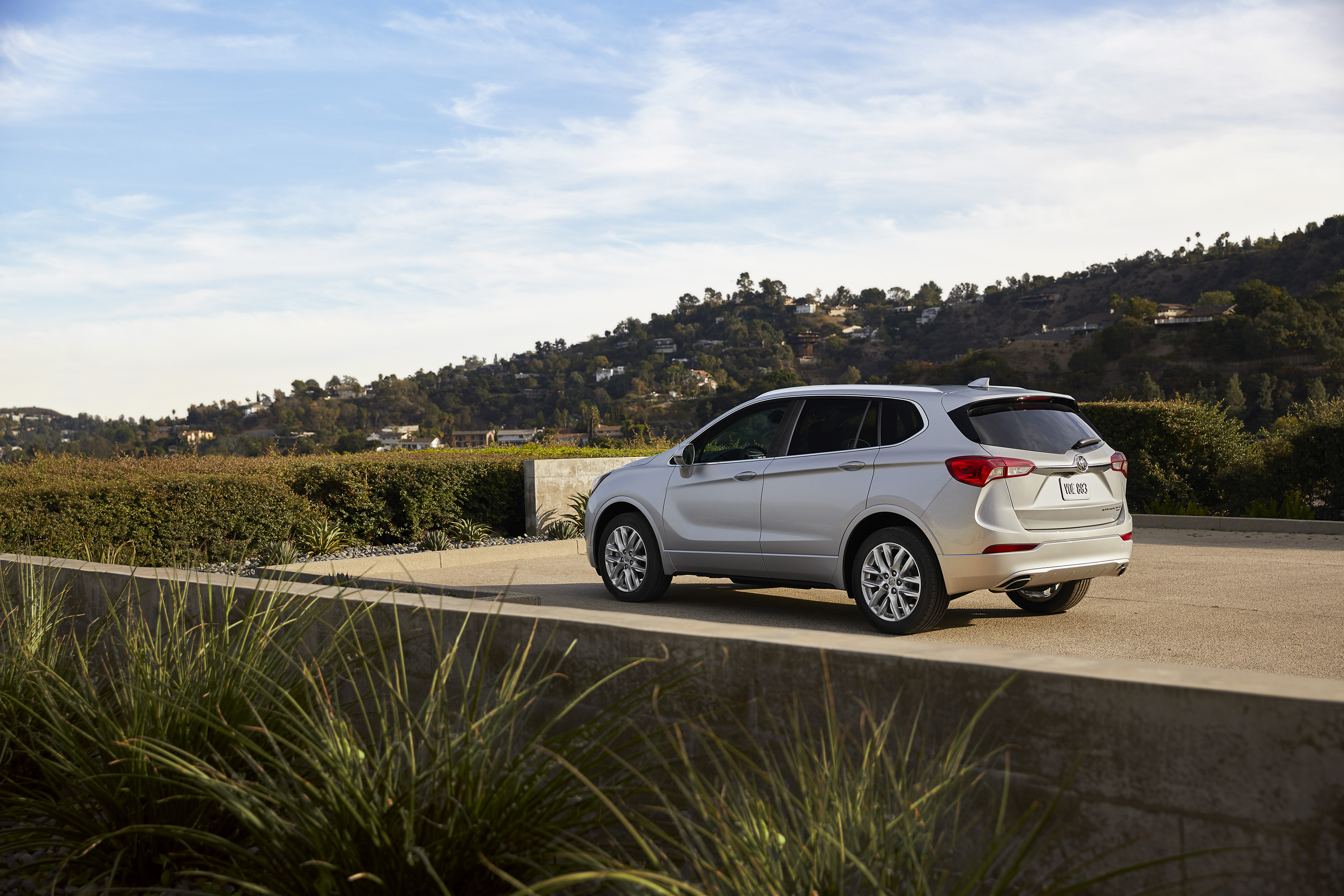 2019 Buick Envision Rear Three-Quarter Wallpapers (9)