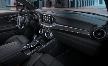 2019 Chevrolet Blazer Interior Cockpit Wallpaper 450x275 (50)