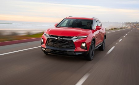 2019 Chevrolet Blazer RS Front Wallpaper 450x275 (1)