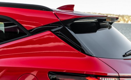 2019 Chevrolet Blazer RS Spoiler Wallpaper 450x275 (31)